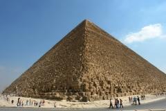 Pri pyramíde